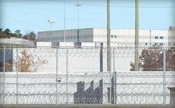 Hàng nghìn tù nhân vừa được thả sớm do lỗi phần mềm