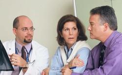 """Thay vì hoảng sợ trước câu nói """"Bạn đã bị ung thư"""" của bác sĩ, hãy tìm hiểu kỹ về nó"""