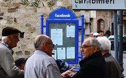 Tới thăm ngôi làng Facebook chỉ là bảng tin khu phố, Gmail chính là hòm thư cũ kĩ, rêu phong