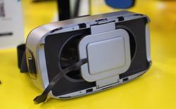 Lộ diện đối thủ giá rẻ của Samsung Gear VR: gia công tốt, có thêm tay cầm tương tác tiện dụng