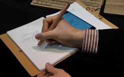 [Video] Chiếc bút này sẽ ghi nhớ mọi thứ bạn viết lên giấy