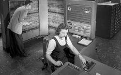 9 công nghệ dù cổ lỗ sĩ nhưng vẫn được chính phủ Mỹ tin dùng