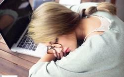 Não phụ nữ hoạt động nhiều hơn đàn ông, do đó hãy để yên cho họ ngủ
