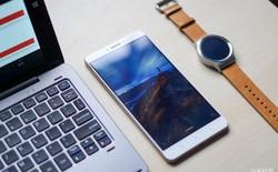 Cả laptop giá rẻ 12,5 inch và đồng hồ Mi Watch của Xiaomi đều lộ diện trong 1 tấm ảnh?