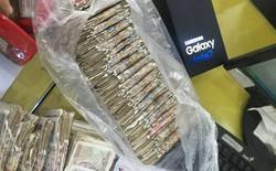 Nhân viên Viễn Thông A choáng khi khách mang 19 triệu tiền lẻ đi mua Galaxy Note7