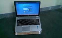 Tự làm đế tản nhiệt cho laptop bằng giấy bìa các-tông siêu đơn giản