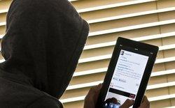 Quốc gia châu Âu tuyên bố giả mạo tài khoản Facebook là đi tù