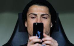 Cristiano Ronaldo quảng cáo cho Samsung nhưng câu chuyện ít người biết này cho thấy anh lại là iFan đích thực