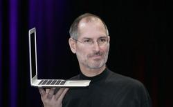 """Điểm lại những lần Apple khiến chúng ta tức giận chỉ vì """"dũng cảm"""" loại bỏ công nghệ cũ"""