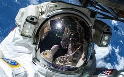 Mark Zuckerberg vừa giao lưu trực tiếp với người ngoài vũ trụ