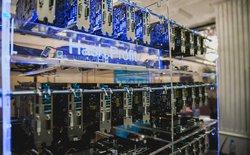 Giá card đồ họa AMD trâu cày ở Việt Nam bất ngờ tăng 50% chỉ trong 1 tháng
