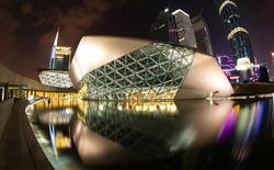 Cùng nhìn lại những tác phẩm huyền thoại của nữ kiến trúc sư huyền thoại Zaha Hadid