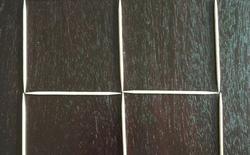 Đố bạn biến 4 hình vuông xếp bằng tăm thành 3 hình vuông trong ba bước