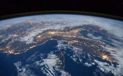 Bầu khí quyển Trái Đất đang dần bị rò rỉ ôxy