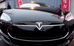 Không để Elon Musk đắc thắng, Intel gia nhập cuộc đua xe tự lái