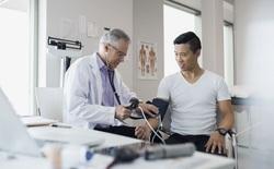 Huyết áp cao: Khởi đầu của hàng trăm bệnh nguy hiểm nhưng người trẻ thường chủ quan