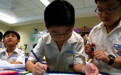 Phụ huynh học sinh Singapore đồng loạt chia sẻ kết quả học tập yếu kém của họ để giúp con em tự tin vào bản thân hơn điểm số