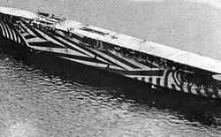 Vào Thế Chiến I, đây là kiểu ngụy trang cho tàu chiến lạ lùng nhất nhưng lại rất hiệu quả
