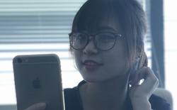 Trải nghiệm tính năng chụp ảnh xóa phông trên iPhone 7 Plus: xóa luôn cả logo Samsung trên S7 edge