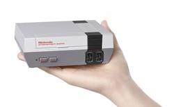 Nintendo ra mắt máy chơi game 4 nút kích cỡ siêu nhỏ, gợi nhớ tuổi thơ 8X dữ dội ngày nào