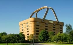 Đây không phải là cái giỏ picnic, mà là một tòa nhà văn phòng giá 5 triệu USD nhưng không ai mua