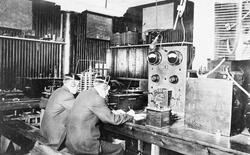 Năm 1903, hacker đầu tiên trong lịch sử xuất hiện nhưng ông làm gì khi chưa có máy tính?