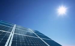 Thêm một quốc gia sản xuất quá nhiều điện mặt trời đến mức tặng miễn phí cho dân