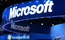 Thành công trên mặt trận thiết bị phần cứng, liệu Microsoft có bỏ qua phần mềm?
