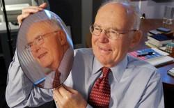 Hướng đi nào cho định luật Moore - kim chỉ nam soi sáng cả nhân loại suốt hơn 50 năm qua?