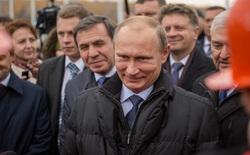 Chính phủ Nga muốn cấm Windows và có thêm tiền thuế từ Apple, Google