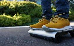 Kỹ sư Nhật Bản sáng tạo phương tiện di chuyển siêu nhỏ gọn, nhỏ bằng một chiếc laptop, đi 1 lần 12km