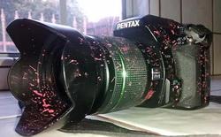 """Pentax K-5 II chứng tỏ độ """"trâu"""", vẫn hoàn hảo sau khi tắm đầy chất chống cháy"""