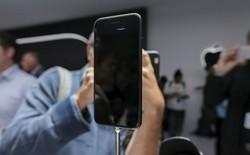 iPhone 7 Jet Black trầy xước chỉ sau hơn 2 ngày dùng thử