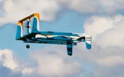 Amazon lần đầu tiên vận chuyển sản phẩm bằng drone đến tận cửa nhà khách hàng