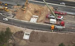 Xem video người Hà Lan phá tung một con đường cao tốc để xây hầm chui chỉ trong 2 NGÀY