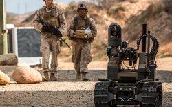 Cận cảnh robot sát thủ của quân đội Mỹ, được trang bị cả súng phóng lựu