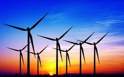 Bất chấp giá dầu rẻ, Trung Quốc vẫn bỏ ra tới 111 tỷ USD cho năng lượng tái tạo