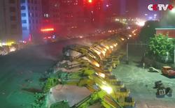 Xem cảnh hơn 100 máy xúc phá dỡ cầu vượt thâu đêm tại Trung Quốc