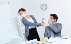 Tại sao làm việc văn phòng dễ bị ốm: Bàn phím máy tính chứa nhiều vi khuẩn gấp 20.000 lần bồn cầu