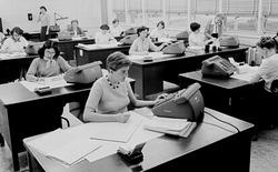 """""""Những cô gái tên lửa"""", nhóm phụ nữ bị lãng quên đứng đằng sau thành công của NASA"""