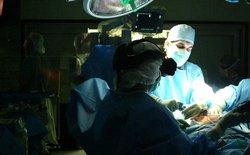 Mỹ phê chuẩn việc cấy ghép nội tạng từ bệnh nhân nhiễm HIV