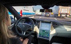 """Các xe Tesla sẽ tự lái ở chế độ """"ẩn"""" để chứng minh rằng công nghệ của họ an toàn hơn cả con người"""