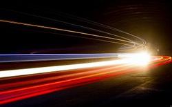 """Để tới """"Trái Đất thứ 2"""" chúng ta cần con tàu có vận tốc bằng 20% ánh sáng nhưng như thế là chưa đủ"""