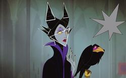 Tại sao trong phim, mặt người tốt luôn tròn còn kẻ xấu thì góc cạnh tam giác?