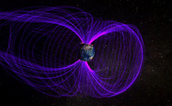 Các nhà khoa học phát hiện lá chắn từ trường của Trái Đất bị nứt do bị tia vũ trụ bắn vào