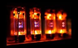 Phát minh từ quá khứ hồi sinh: đèn điện tử chân không lại có khả năng thay thế các transistor hiện tại