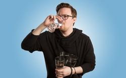 Tôi đã uống gần 4 lít nước mỗi ngày trong vòng một tháng và học được rất nhiều điều