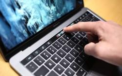 Bàn phím Magic Keyboard với thanh Touch Bar mới này chắc chắn sẽ là thứ phải mua với các tín đồ Mac
