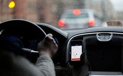 Đi Uber, hai mẹ con ở Hà Nội bị tài xế đuổi xuống, mắng chửi thậm tệ