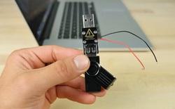 Thử nghiệm với USB sát thủ: iPhone 7 Plus và Samsung Galaxy Note7 – cái nào sẽ nổ trước?